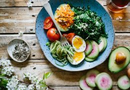 Postnatal nutrition the easy way